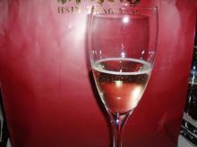 ①スパークリングワイン