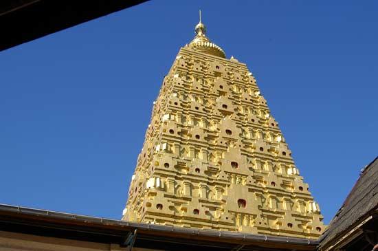 ⑧カンチャナブリ・インド式仏塔 | タイに魅せられてロングステイ⑧カンチャナブリ・インド式仏塔 | タイに魅せられてロングステイ