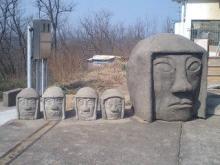 顔面石像02