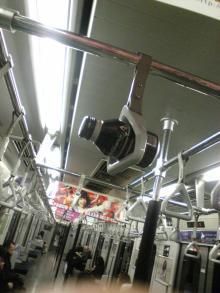 BAR MOOのブログ-電車の中の風景