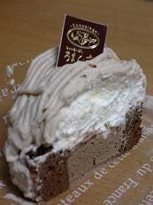 生チョコロールモンブラン (ろまん亭)