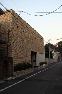 カルマンギアのある生活-大和郷の大豪邸 外観