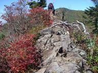 家の串からの岩峰群