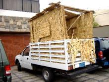 camioneta con esteras