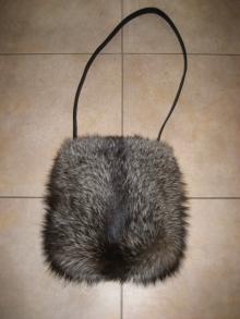 大木毛皮店 ギタバカ工場長 の毛皮修理専門ブログ-FOX bag