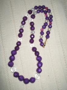 ネックレス紫