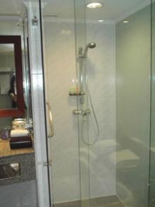 シャワールーム別だし