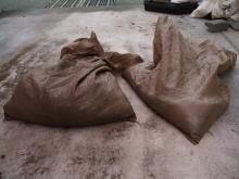 二つの袋の生ごみ