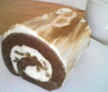 ショコラマロンロールケーキ
