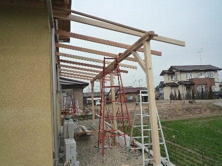 松島匠建の建てる木の家 「太田生品の家」Web日誌-勝手口テラス