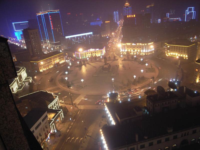夜の中山広場