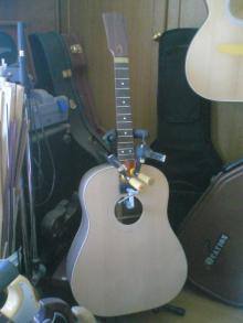 ギターが好き。。。。。。下手だし、中年オヤジだけど。。。。。。-30098