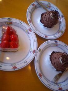 格闘親子と、のほほん母-ケーキ