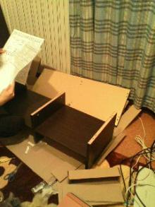 三日坊主を治す努力も三日までorz-テレビボード組立て2