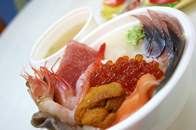 【釧路】和商市場の勝手丼