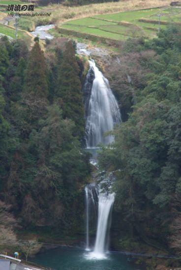 慈恩の滝上下段