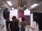 スタジオで、撮影<img src=