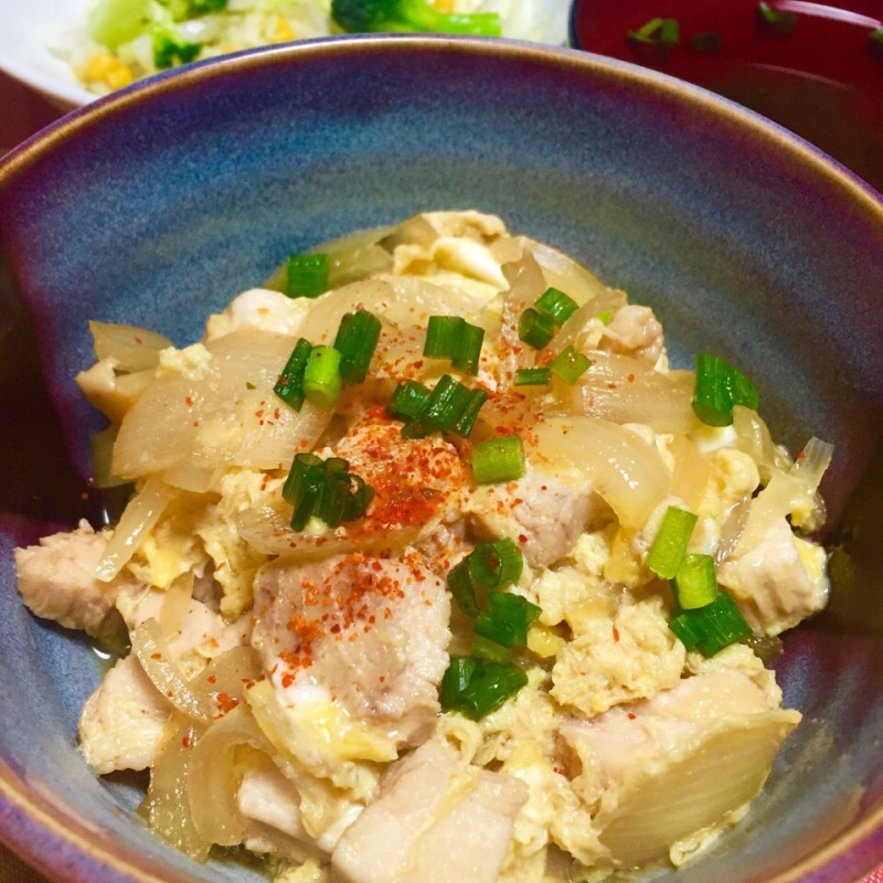 白だしで簡単に☆とろりん卵の親子丼。 by ♪霞草♪ SnapDish 料理カメラ