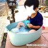 子どもの簡易プールにイケアのコレっ!(IKEA TORKIS トルキス ランドリーバスケット)の画像