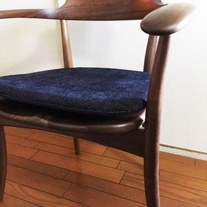 飛騨家具『離れたくなくなる椅子』の画像