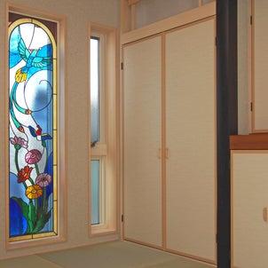自分だけの癒しの空間、和室のステンドグラスの画像