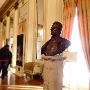スカラ座と楽器博物館の画像