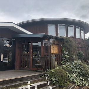 琵琶湖畔のカフェの画像