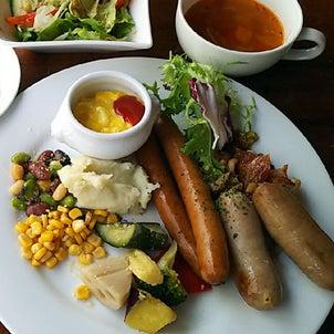 ホテル リソル秋葉原「イルキャンティ ドゥエ」で食べ放題の朝食プレートの画像