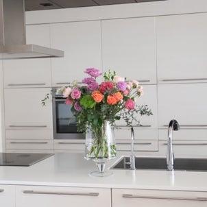これからの時期に、おすすめの花器は○○の画像