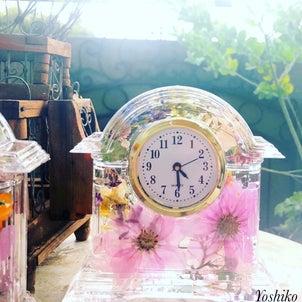 幅広い世代に人気のコスモスのお花の時計 ボタニック雑貨!!の画像