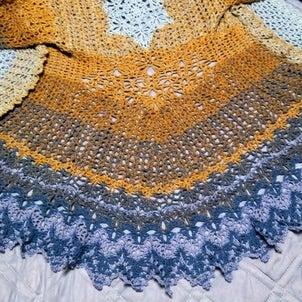 レース編みのカーディガンやっと完成♡の画像