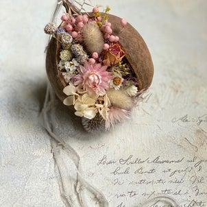 ブッダナッツの花飾りの画像