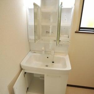 洗面所の窓って、簡単そうで難しい!の画像