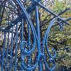 ガーデンファニチャー ブルーに塗り替えてみました♡ローズガーデンカラーズ ピレネーの画像