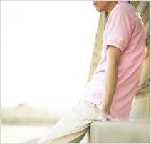 「黒」より「ピンク」が好印象! 働く女子に聞いた「男性が着ていると、一番おしゃれに見える色」ランキング