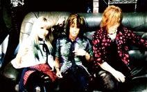 Bang-Doll、Happy Rockを提唱するアルバム『SHALL WE BANG??』発売