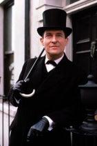 世界で最も有名な探偵シャーロック・ホームズをドラマ&ドキュメンタリーで楽しむ