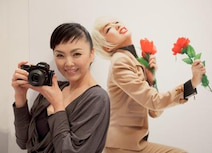 写真家・松田美由紀がα7で捉えた中島美嘉はじめ表現者10人の素顔・等身大写真展