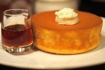 料理研究家に聞く! 自宅で簡単にフワフワの分厚いホットケーキを作るコツ3+1つ