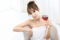 おいしく飲んでキレイになろう! お酒の持つ美容効果