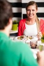デートまで行った彼をふった理由、約9割の女性が「食事マナーがなってない!」―英調査