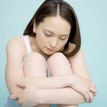 専門家に聞く! 女性ホルモンの乱れが原因!? 精神不安定な女性に対するNG言動5つ