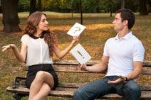男女の差はあるの?「恋人の浮気を見破るポイント」とは