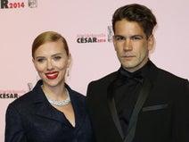 スカーレット・ヨハンソン、婚約者のフランス人ジャーナリストと極秘結婚!