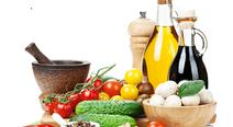 コレステロールを下げるにはどんな食事がよい?