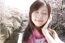 やっぱりバラードが人気!? 「福山雅治」人気シングル曲8! 2位『家族になろうよ』、1位は……?