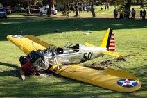 ハリソン・フォード、墜落事故で負傷するも息子が無事を報告