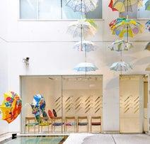 ほのぼの世界観のトリコに!「鈴木マサルのテキスタイル 傘とラグとタオルと」が開催