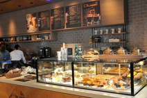 日本初上陸の老舗コーヒービーン&ティーリーフが人気の理由