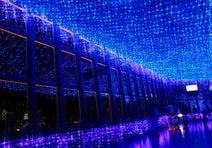 夏デートの注目スポット! 天の川イルミに包まれた東京タワー「外階段」を登ろう